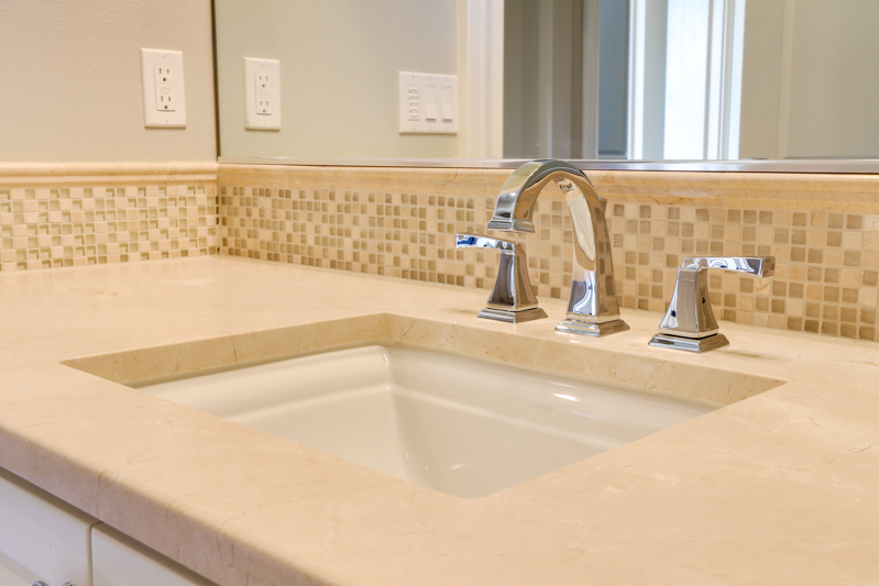 Bed_1st_Suite_Bath_Sink_Upper_14050 Goodall Rd_008_lowres