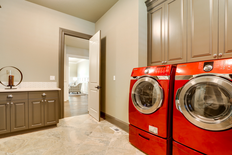 Laundry_Rm_Main_14050 Goodall Rd_126_lowres
