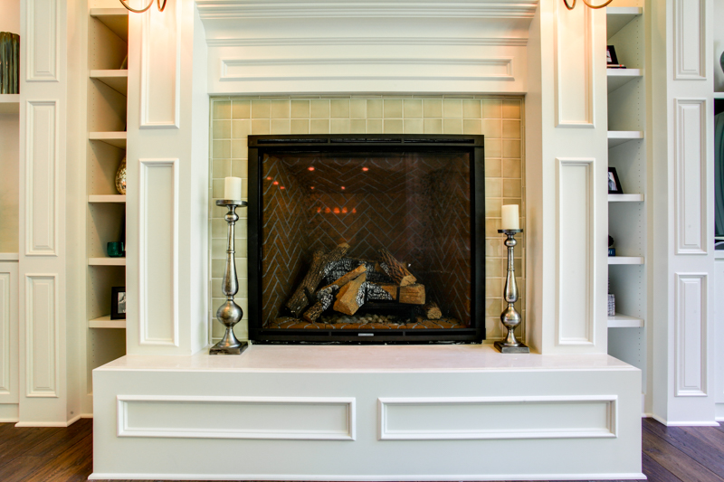 Living_Rm_Fireplace_Main_14050 Goodall Rd_118_lowres