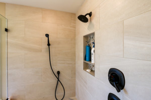 Master_Suite_Bath_Shower_Upper_12830 Alto Park Rd_032_lowres