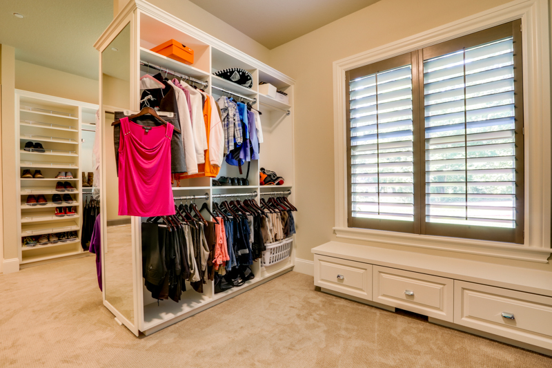 Master_Suite_Closet_Main_14050 Goodall Rd_099_lowres