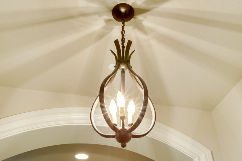 Master_Suite_Entryway_Light_Main_14050 Goodall Rd_122_lowres