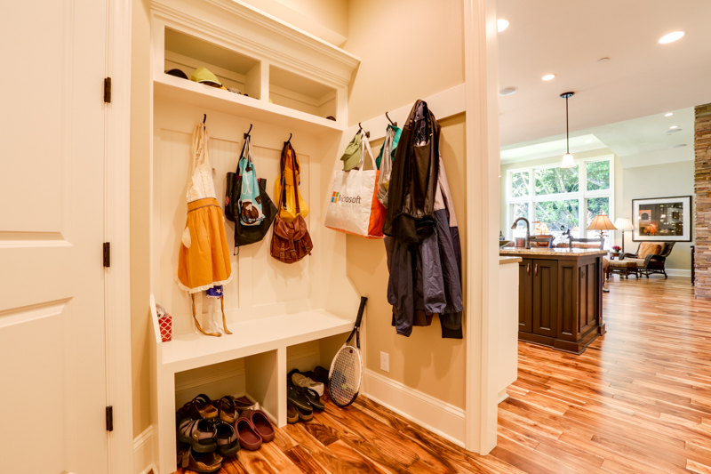 Mud_Room_main_12830 Alto Park Rd_092_lowres