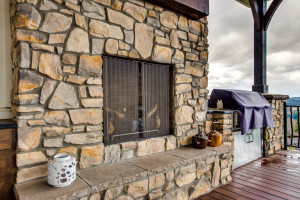 ext_front_porch_fireplace_18226-sw-huckleberry-ct_024_webres