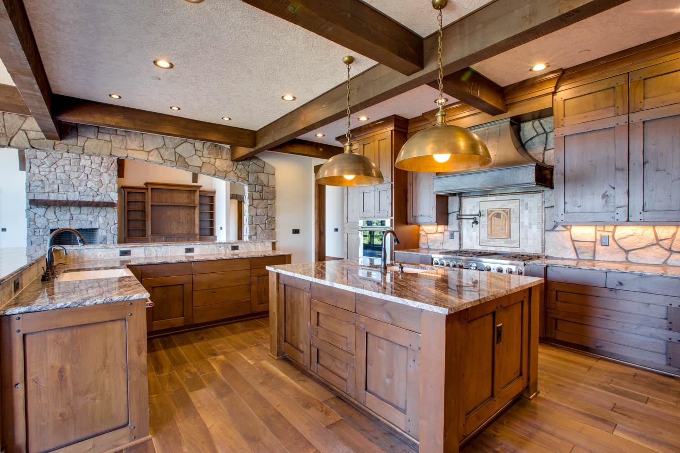 kitchen_18010-s-ramsby-rd_080_webres