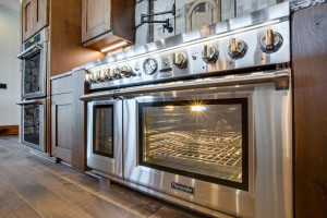kitchen_oven_18010-s-ramsby-rd_092_webres