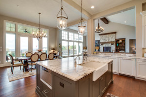 main_kitchen_18226-sw-huckleberry-ct_041_webres