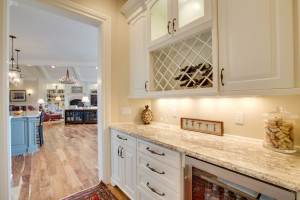 main_kitchen_butler_14921-s-sunterra-loop_076_webres