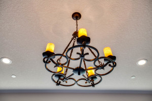right-wing_master-suite-light_18010-s-ramsby-rd_039_webres