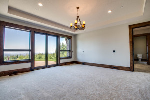 right-wing_master-suite_18010-s-ramsby-rd_036_webres