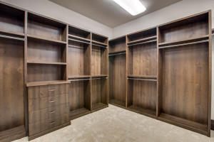 right-wing_master-suite_closet-1_18010-s-ramsby-rd_028_webres